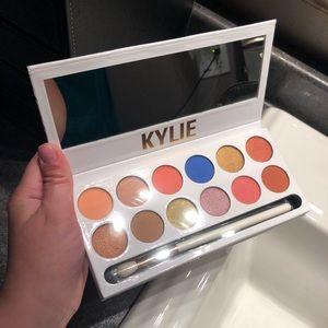 Kylie Cosmetics: Royal Peach Palette